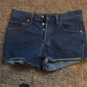 Levi's 501 high waist shorts 28